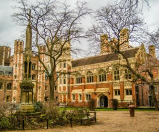Universität Cambridge