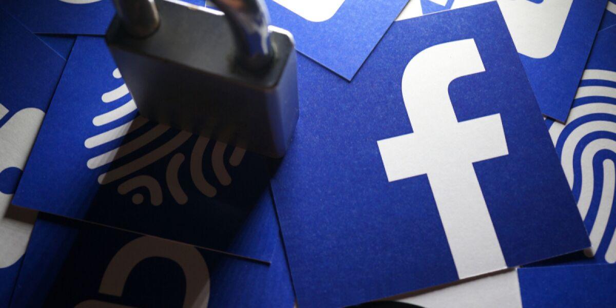 Facebook Logo und Schloss