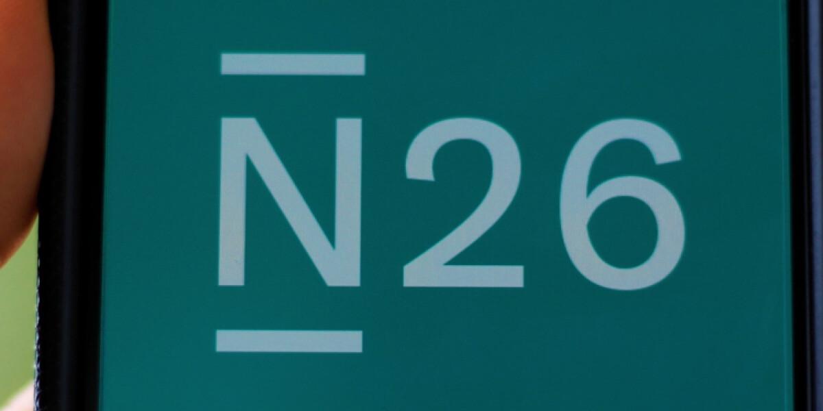 N26-Logo auf Smartphone-Bildschirm