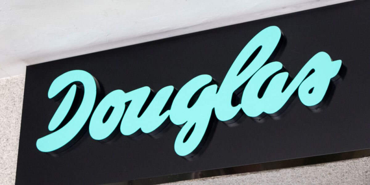 Logo von Douglas