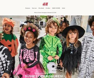 Kinder in Kostümen
