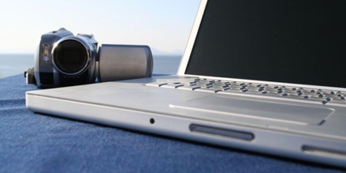 20 Millionen Deutsche laden Fotos ins Internet (Foto: Fotolia.com/Sven Bähren)