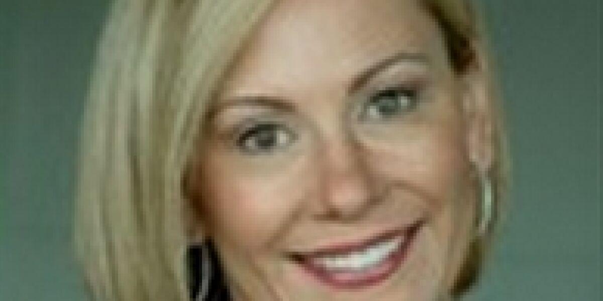 AOL: Armstrong entlässt COO