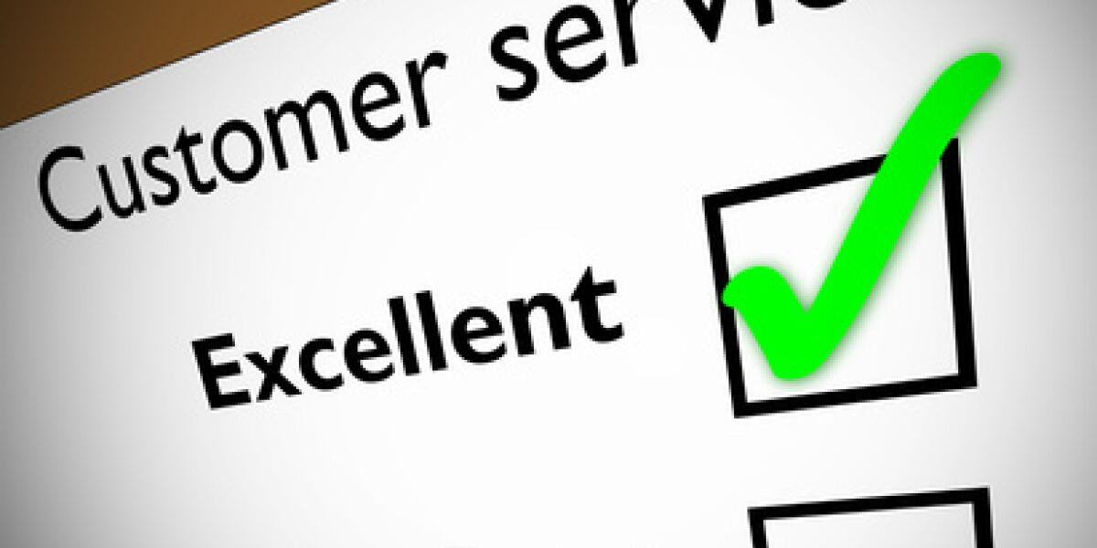 Userbewertungen entscheiden über Kauf (Foto: Fotolia.de/Guy Erwood)