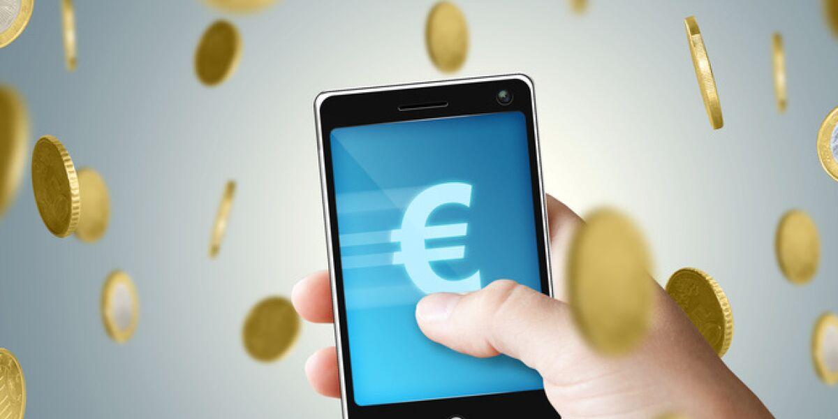 Geld und Handy mobile Payment Wechat pay