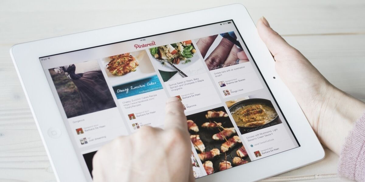 Pinterest-Pinboard auf Tablet
