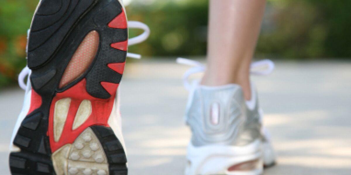 Agof-Studie zum Sportartikelkauf im Web (Foto: istock/asiseeit)