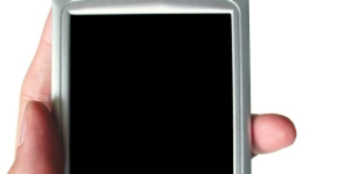 Zeitungsverlage mit Inhalten für Smartphone-Nutzer (Foto: istock/Freder)