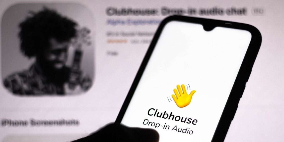 Clubhouse-App auf Smartphone-Screen