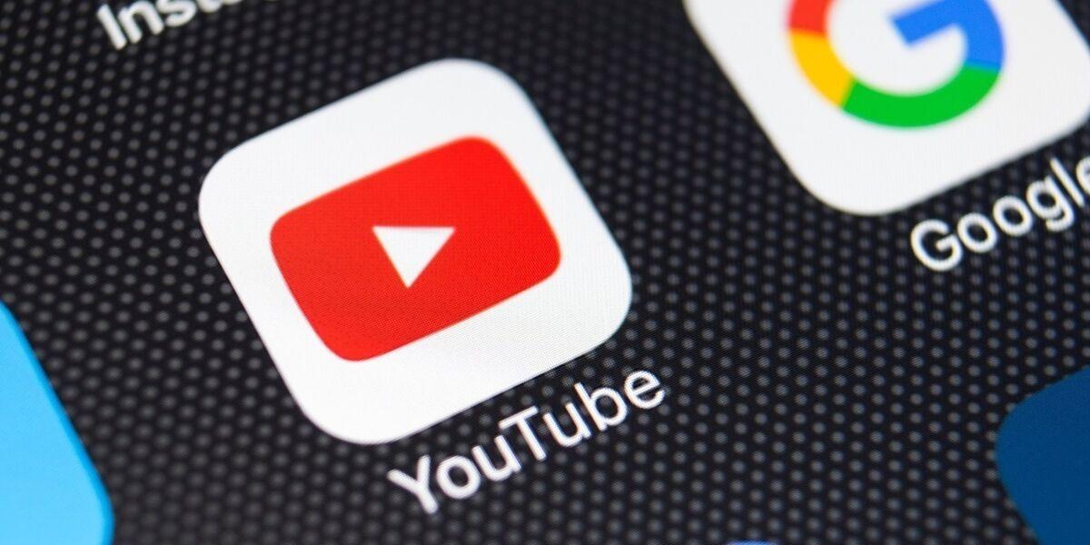 YouTube App Symbol auf Smartphone