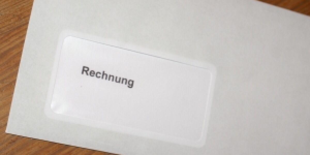 Regierung will die digitale Rechnungssignatur abschaffen (S. Hofschlaeger/pixelio.de)