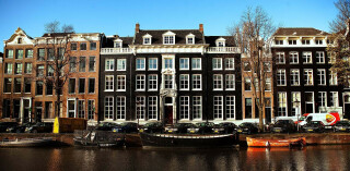 Mollie Hauptsitz Amsterdam
