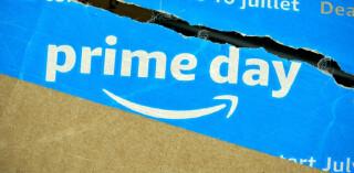 Amazon-Prime-Logo auf Paket