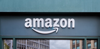 Amazon-Logo an Gebäude