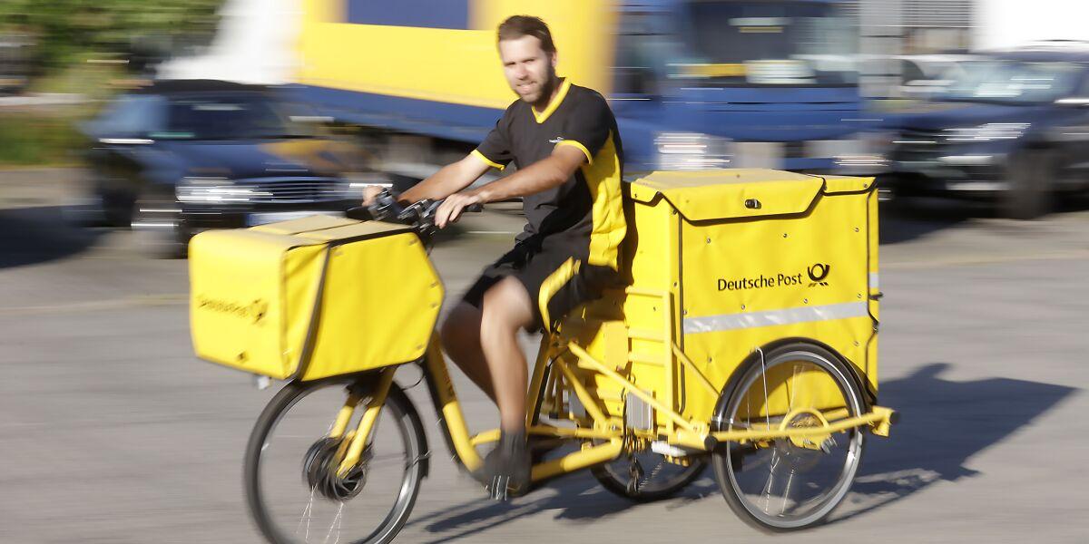 Post-Zusteller Pavle Pavic auf dem E-Trike