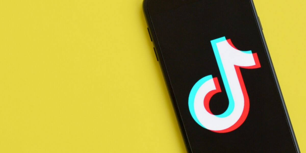 TikTok App auf Smartphone