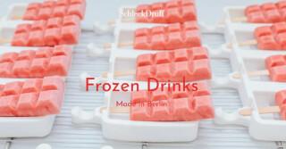 mehrere rote Eis am Stil