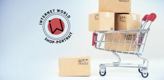 Internet World Shop Portrait, Einkaufswagen mit Paketen