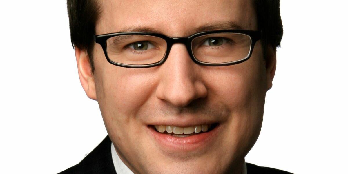 Julian Riedlbauer macht sich mit Pure Equity Advisors selbständig
