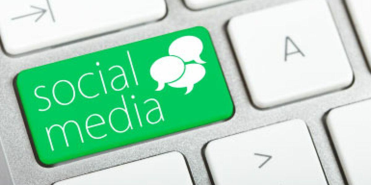 Social Media nutzt jeder Zweite Internetnutzer