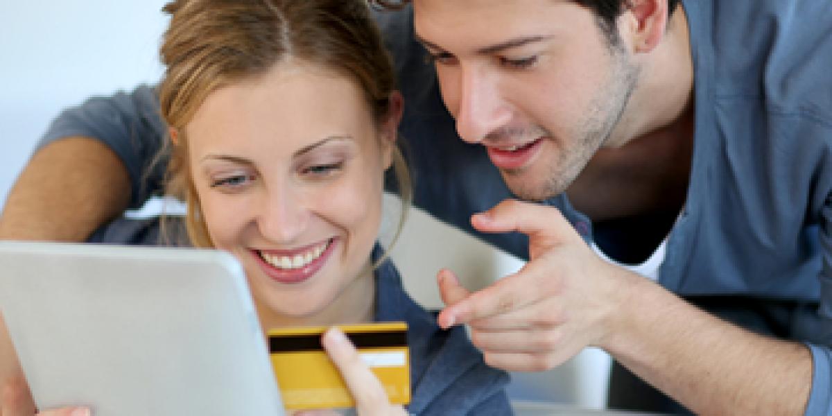 Nutzer von Tablets-PC und Smartphones aufgepasst: Einkäufe in Online-Shops sind mit einem mobilen Gerät oftmals deutlich teurer, als wenn man mit einem Desktop-PC auf Shopping-Tour geht.