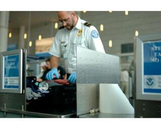 Wussten Sie schon, dass dass Druckertinte dennoch nicht ganz ungefährlich ist, wenn man den USA-Sicherheitsbehörden glaubt?