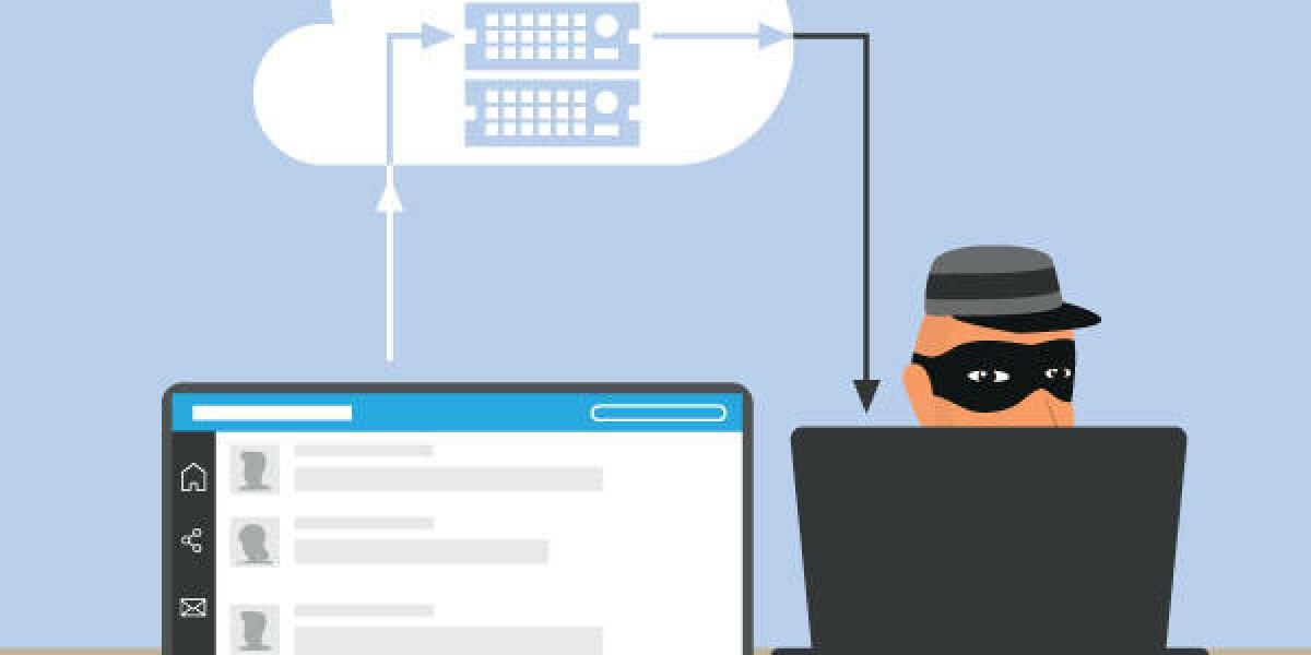 Ein maskierter Dieb sitzt an einem Laptop und hackt Daten von einem anderen Netzwerk
