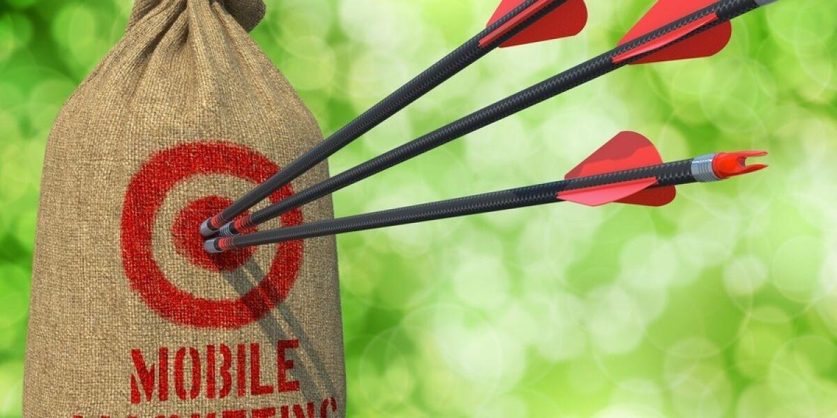 Zielscheibe-Pfeile-Mobile-Marketing