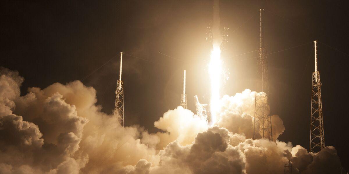 Asiasat 8 von SpaceX beim Start