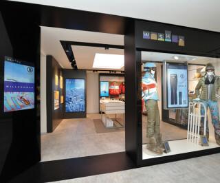 Schaufenster mit digitaler Bestellmöglichkeit