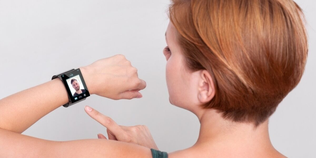 Smartwatch Frau Arm