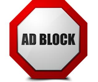 Adblocker auf einem Schild