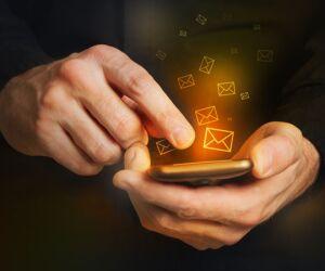 Platz 8 - Endlose SMS verschicken