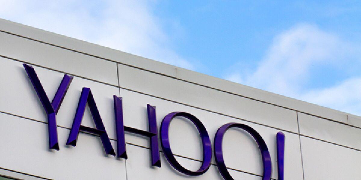Yahoo gebäude mit Logo