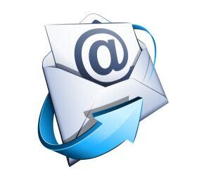 Illustration E-Mail mit @ im Briefumschlag
