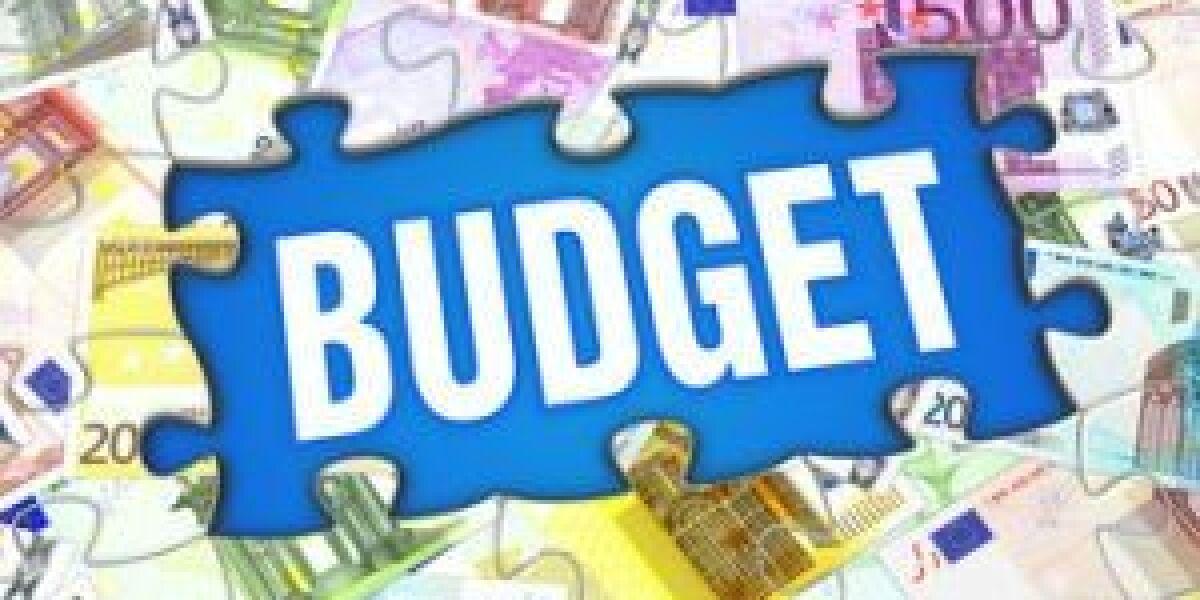 Puzzle mit Budget-Aufschrift