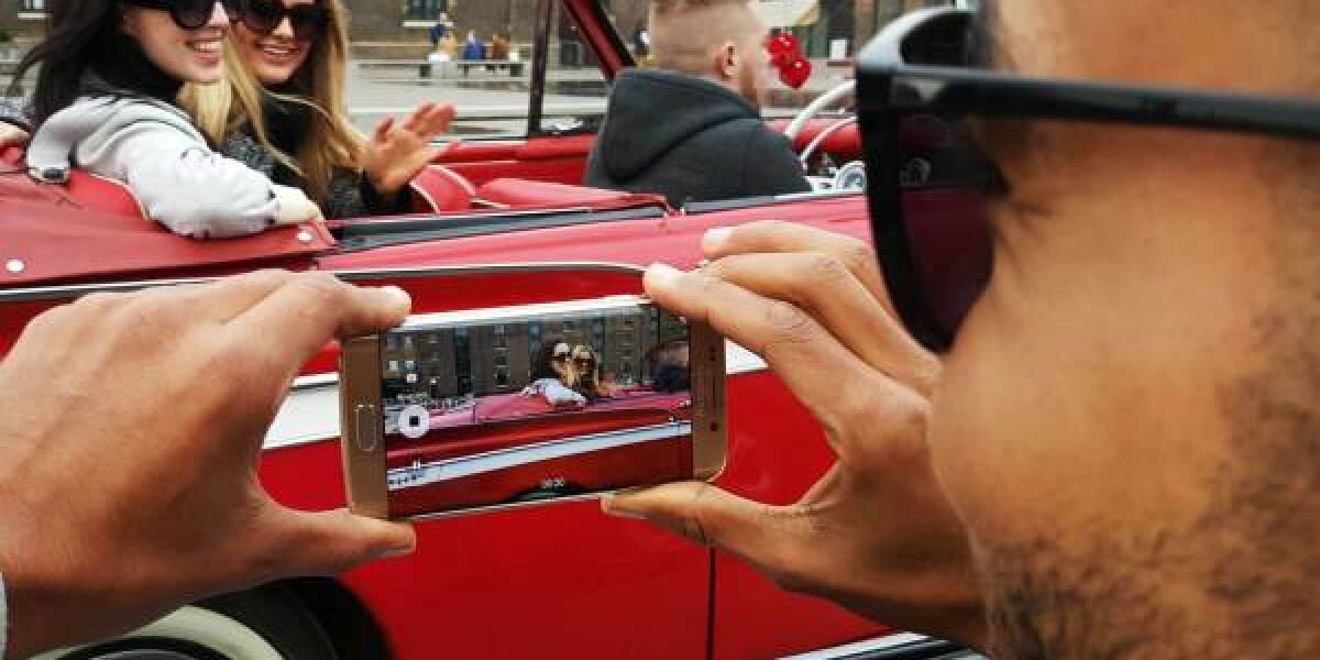 Samsung Galaxy S6 im Auto