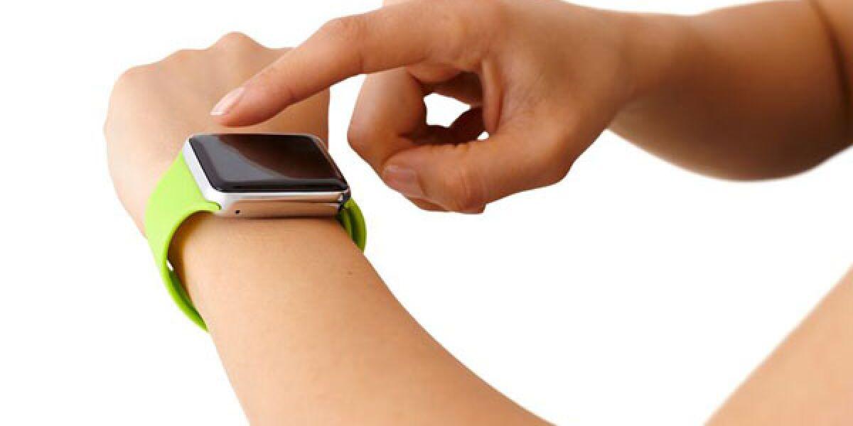 Handgelenk mit Apple Watch