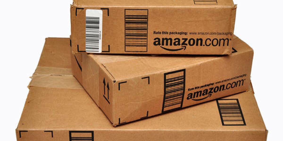Pakete mit Amazon-Beschriftung