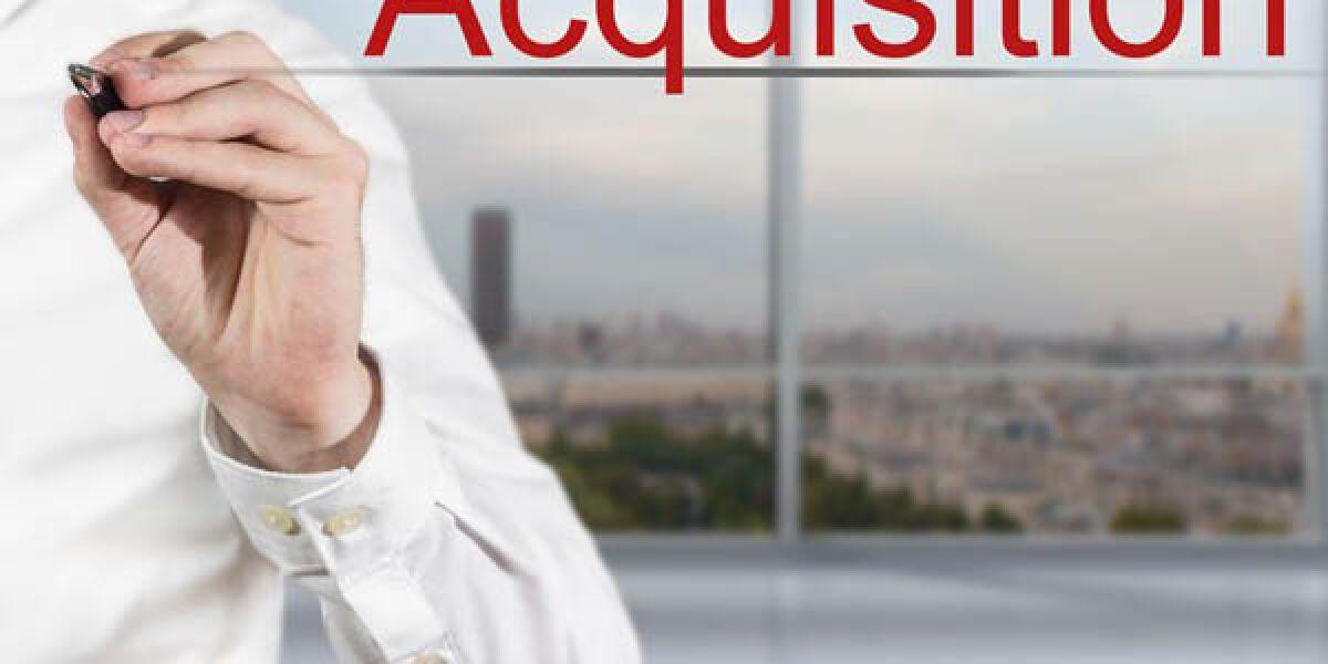 Acquisition-Schriftzug