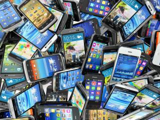 Viele Smartphones durcheinander