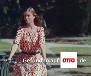 Frau fäht auf dem Fahrrad