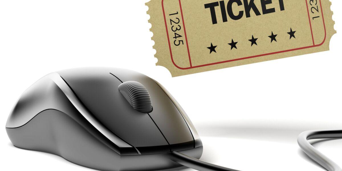 Computer-Maus mit Ticket