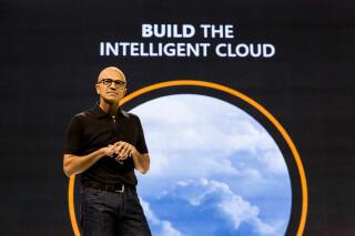 Nadella stellt Intelligent Cloud vor