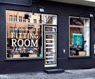 Modomoto Fitting Room