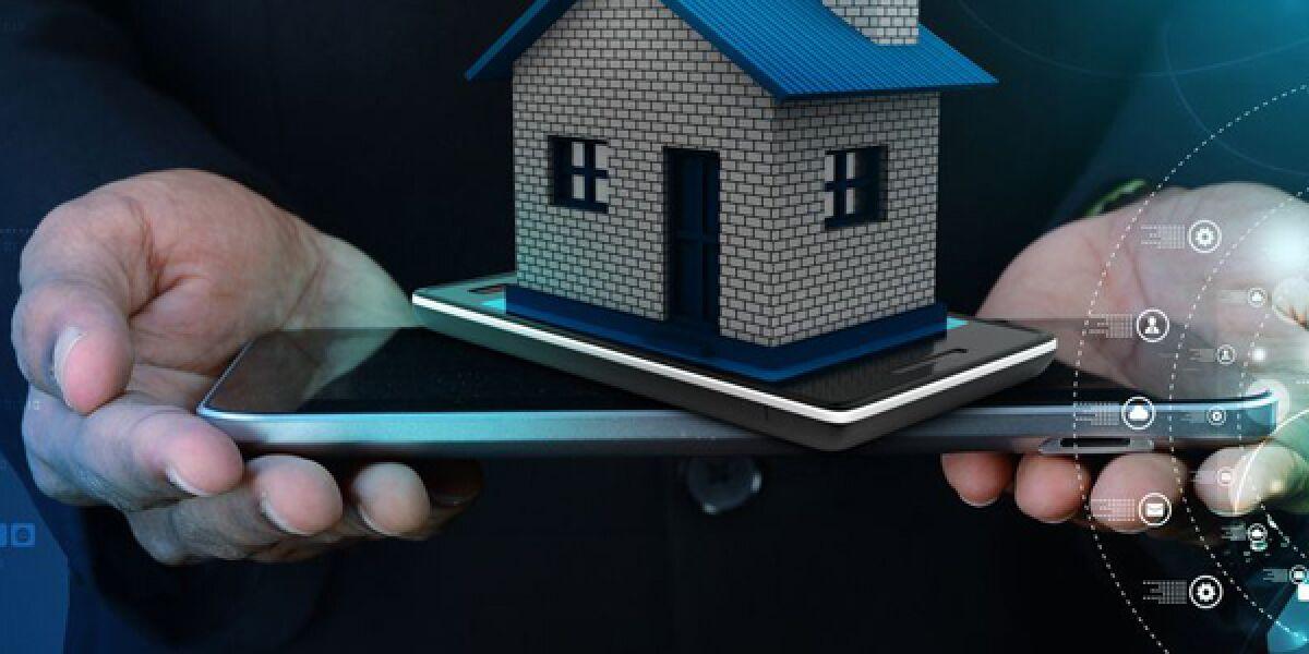 Haus auf dem Smartphone