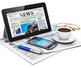 Tablet Handy Kaffee Zeitung