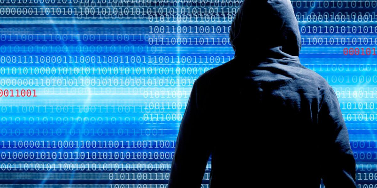 Hacker mit Datenstrom