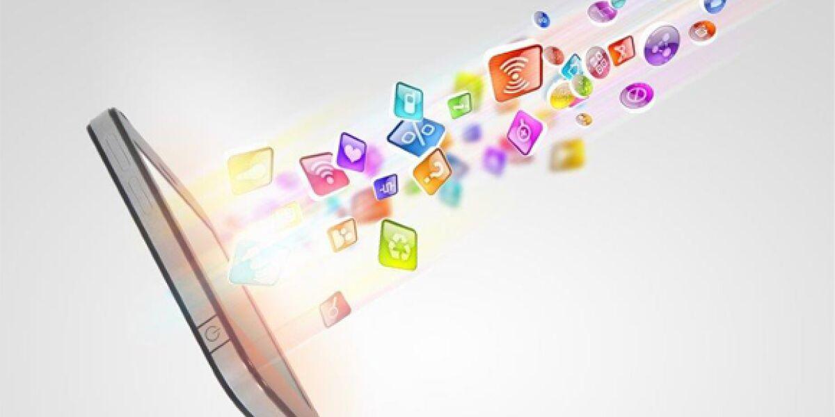 Smartphone mit bunten Apps