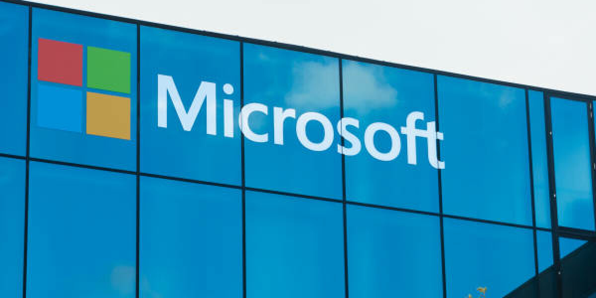 Microsoft-Schriftzug an Gebäude